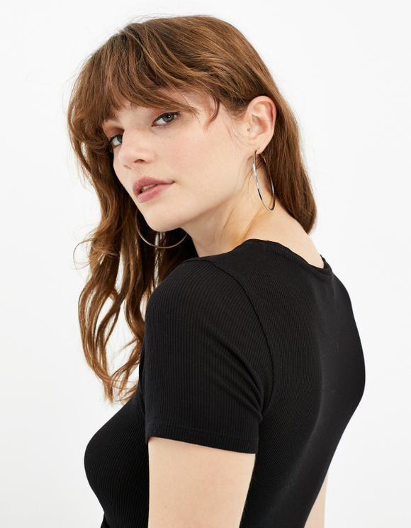 Black Twisted Top