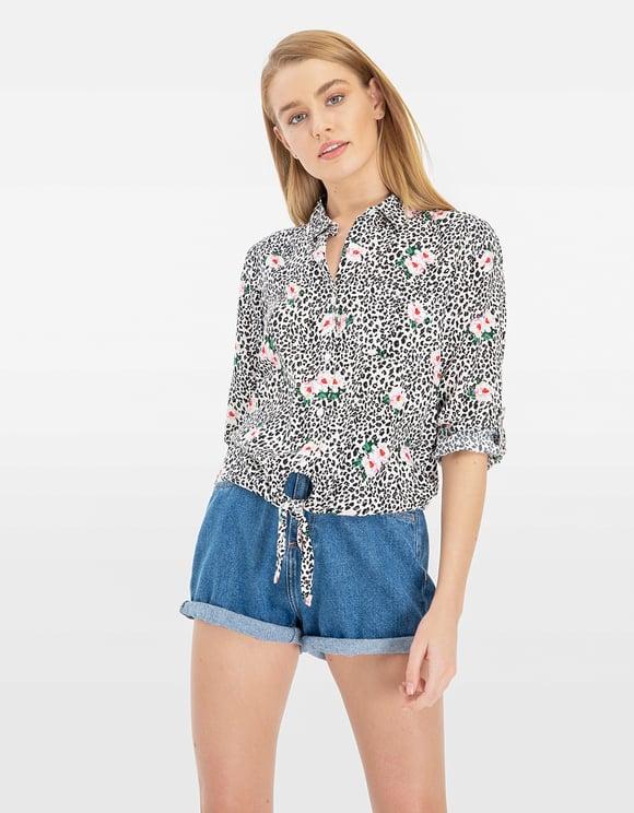 Bedrucktes Hemd mit Knoten