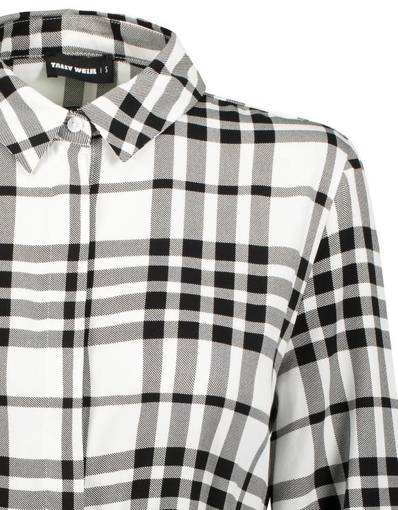 Langes Hemd mit Gürtel