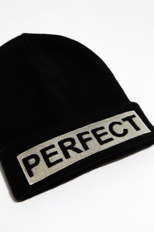 Bonnet Noir avec Slogan