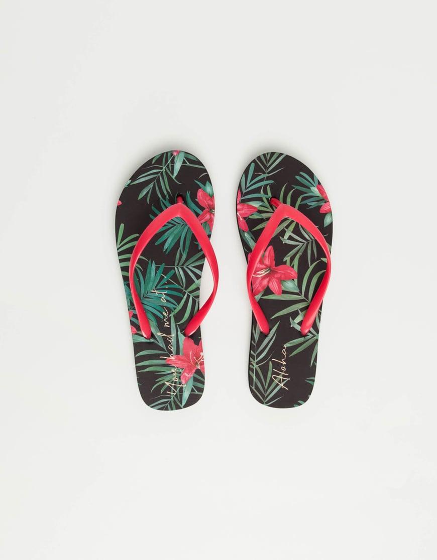 Flip-Flops mit tropischem Print