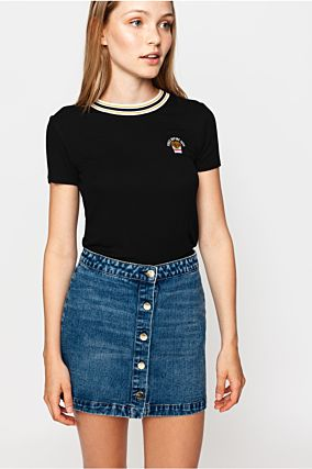 T-shirt Nera con Patch