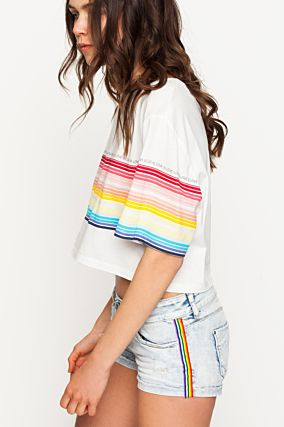T-shirt con Stampa Arcobaleno