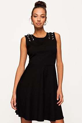 Black Sleeveless Skater Dress