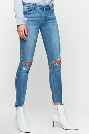 Hellblaue Destroyed Jeans