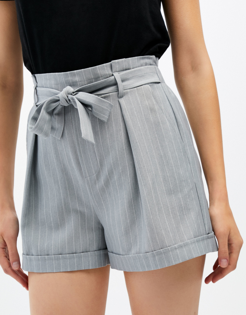 fa92e93fdee6c Grey Pinstripe Shorts | TALLY WEiJL Online Shop